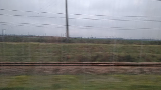 フランスの新幹線 TGVの車窓からの風景