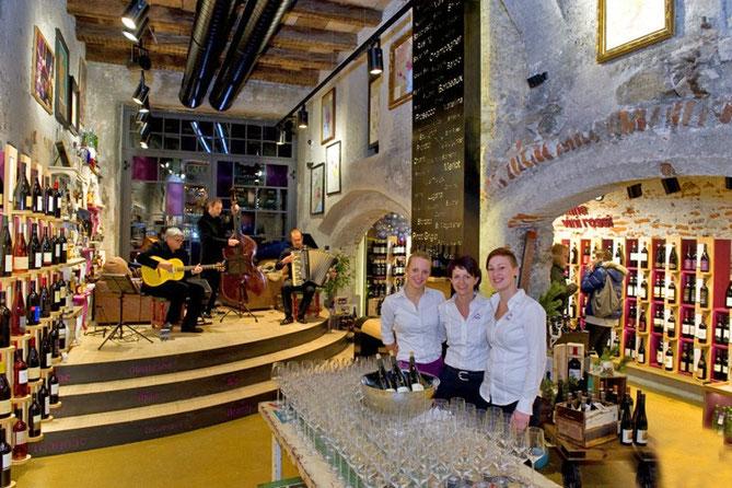 Jazz-im-Getränkeladen-Harpf-Getränkeladen-Wein-Bier-Bruneck-Bottiglieria-Vino-Birra-Brunico-I-Gourmet-Südtirol