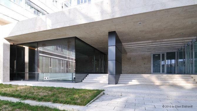Gedenkstätte Lib Syn: Eingangs-Emporebereich / Foto: Ellen Eckhardt (FLS)