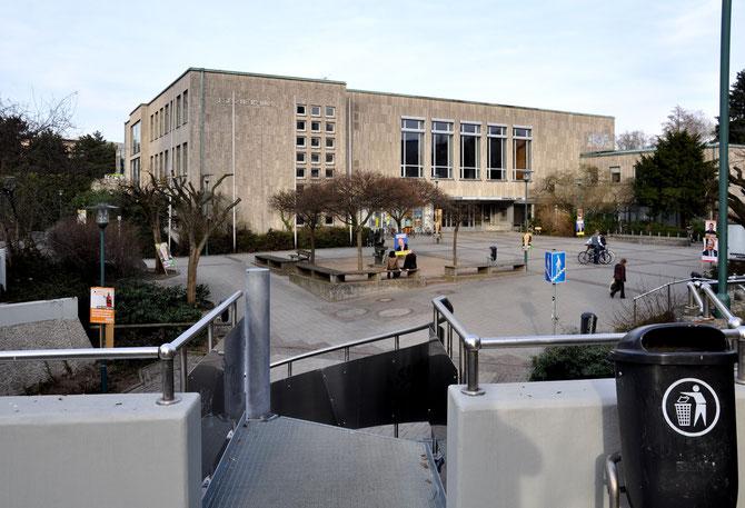 GESICHT ZEIGEN 2014-Preis: Fand im Darmstädter Justus-Liebig-Haus statt, Sitz der Volkshochschule und Ort der Stadtverordnetenversammlung
