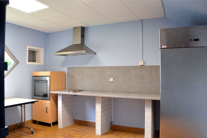 la salle verte centre international de rencontres de saint vulbas. Black Bedroom Furniture Sets. Home Design Ideas