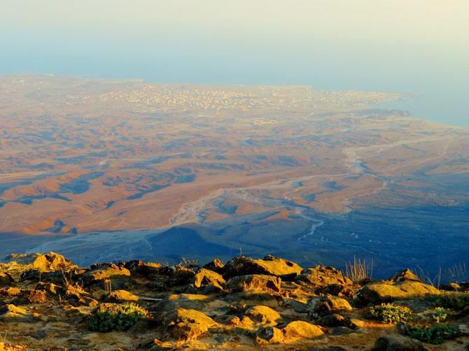 Blicke bis runter zum Arabischen Meer