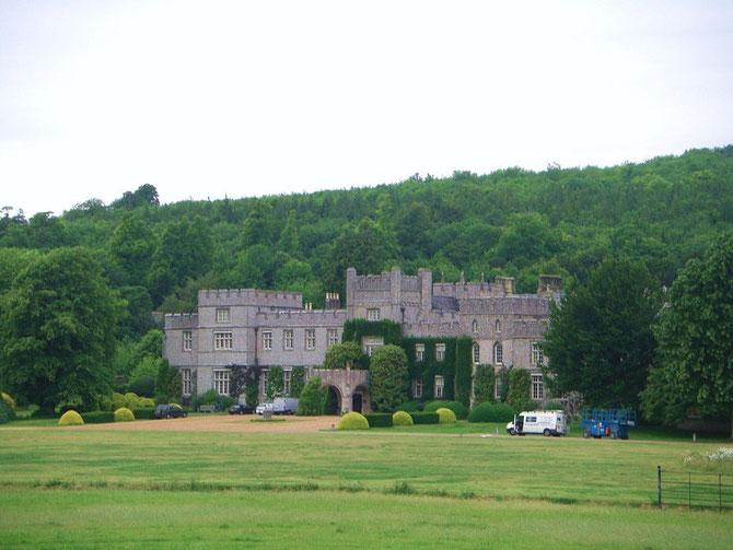 豪邸で後に大学に寄贈された「ウェスト・ディーン・ハウス」