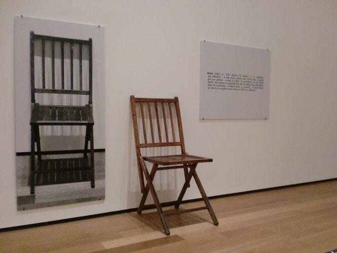 ジョセフ・コスース「一つと三つの椅子」(1965年)