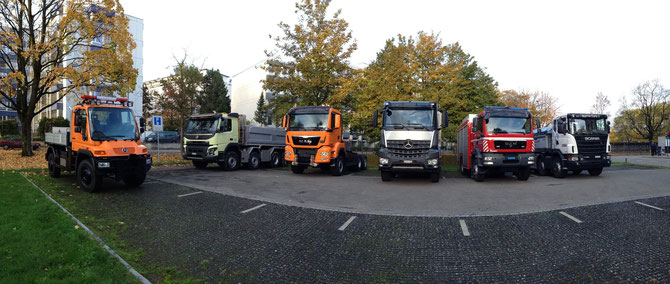 LKW - Parade: Unimog / Volvo / MAN / Mercedes Benz / Scania