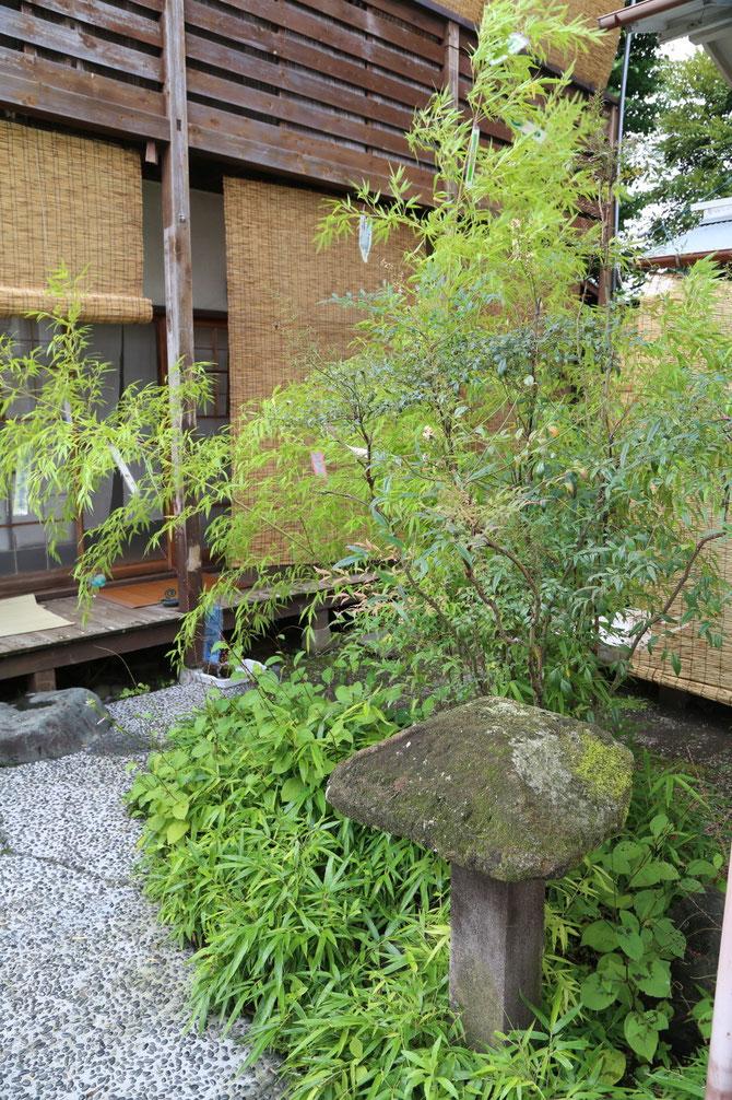 後藤久慶ギャラリー中庭