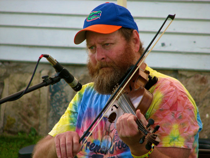Gordon Keller Fiddles While Judges Judge Fiddle Contest