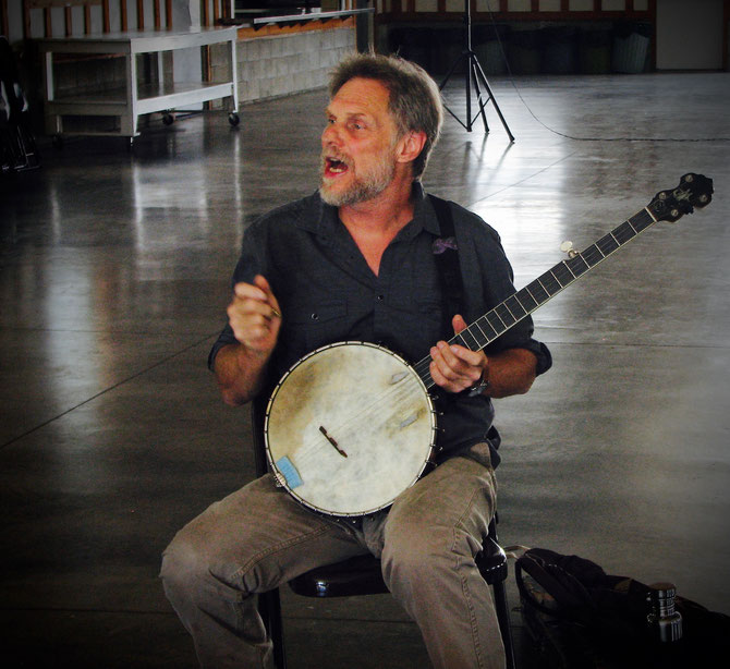 Beginning Old-Time Banjo Workshop with Mark Olitsky