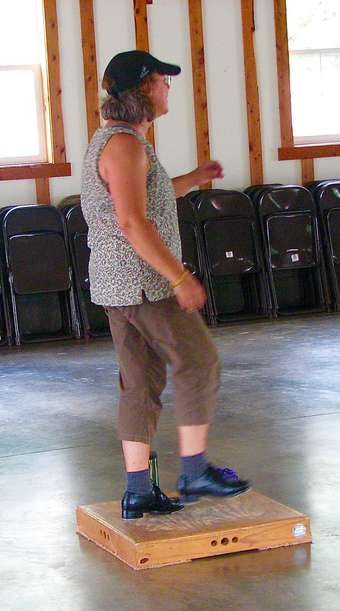 Clogging Workshop with Laura Lewis