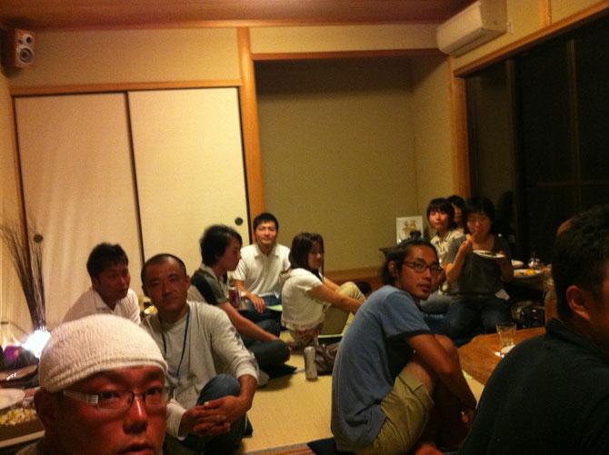 総勢34名 泊まり込みで盛り上がりました。県内各地から集まりました。IJUcafeの始動です!