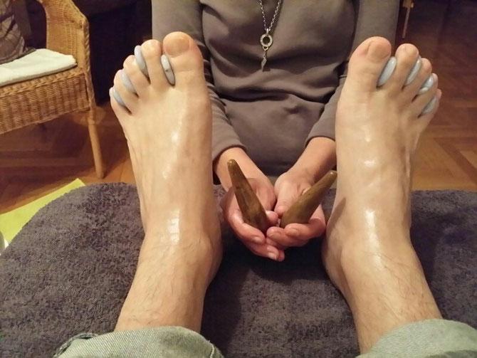 Edelsteinmassage am Fuß als Abschluss