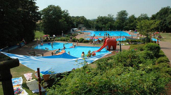 Landrücken Schwimmbad Flieden - WIFO Flieden