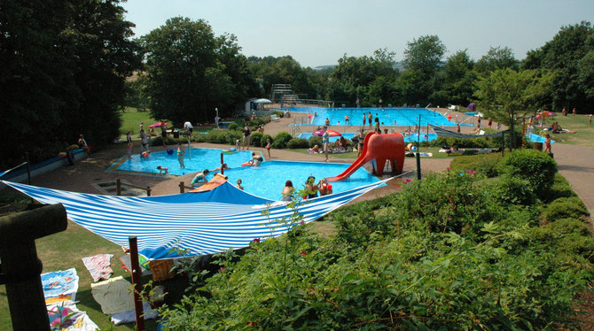 Schwimmbad Flieden Landrücken - WIFO Flieden