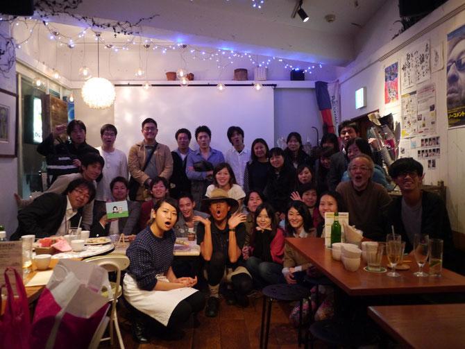 「ボッ」の合図で集合写真☆ photo by Yusuke Harima