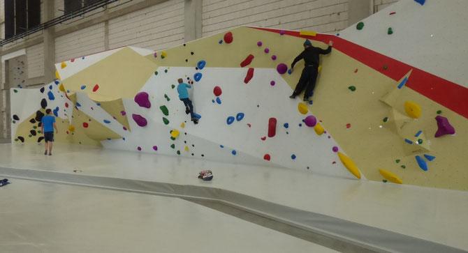 Kletterhalle Boulderhalle Lindlar Sport Sportgruppen Klettern Fußball Handball