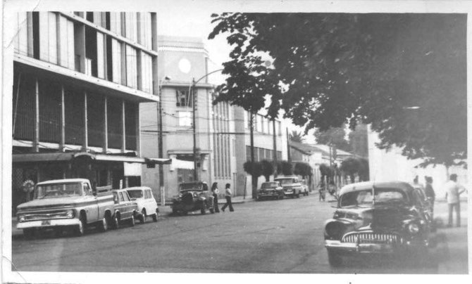 Calle Manuel Rodríguez, casi esquina Independencia, frente a la Plaza de Armas.