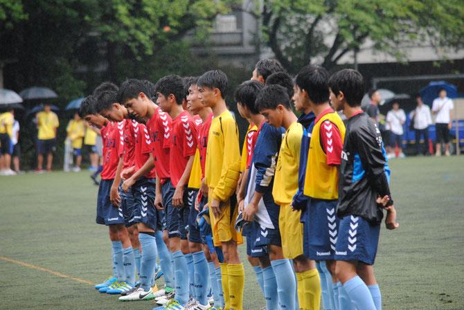 石堂整列、応援者へ感謝の言葉。大村主将らイレブンと登録選手。