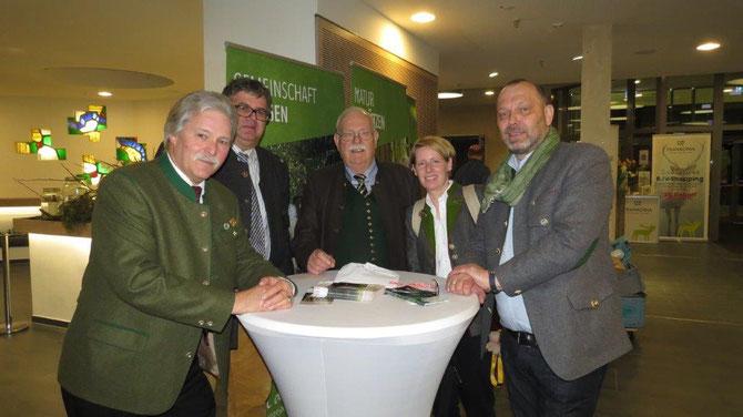 Bild v. re Dr. Armin Gangl, Anita Weimann, Dr. Eckhardt Zeltner, Prof. Dr. Sven Herzog,TU Dresden, Ralph Keller