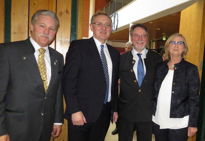 v.r.n.l.. Frau Rüth, Dr. Edmund Wilhelm, Berthold Rüth, Ralph Keller