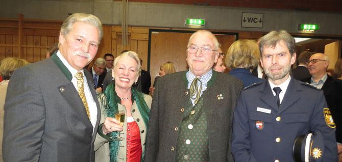 v. l. n. r. : R. Keller, Frau Kink, W. Kink, B. Wenzel