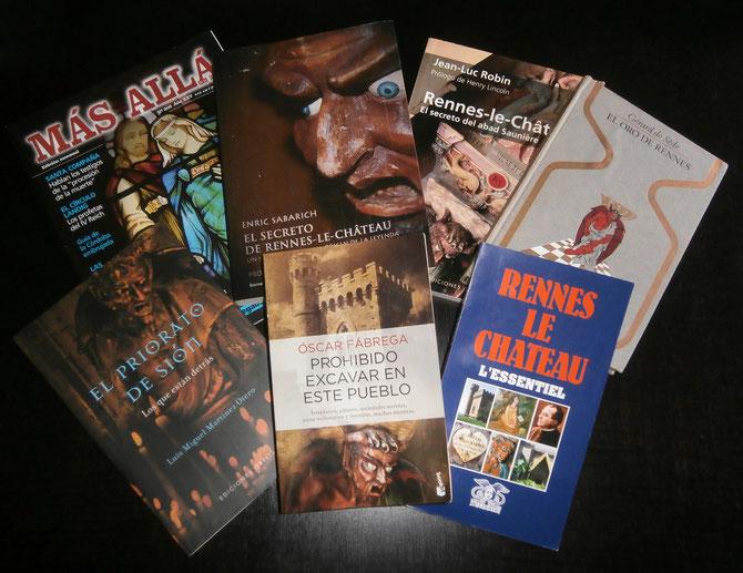 Algunas publicaciones sobre el tema. Some books about the subject. ©D.G. 2015