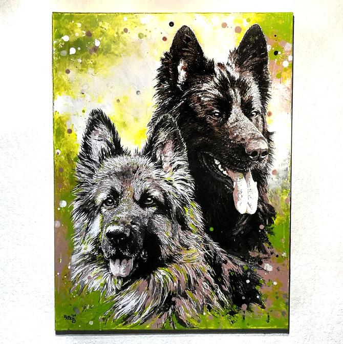 zwei Schäferhunde Portrait grün taupe silber