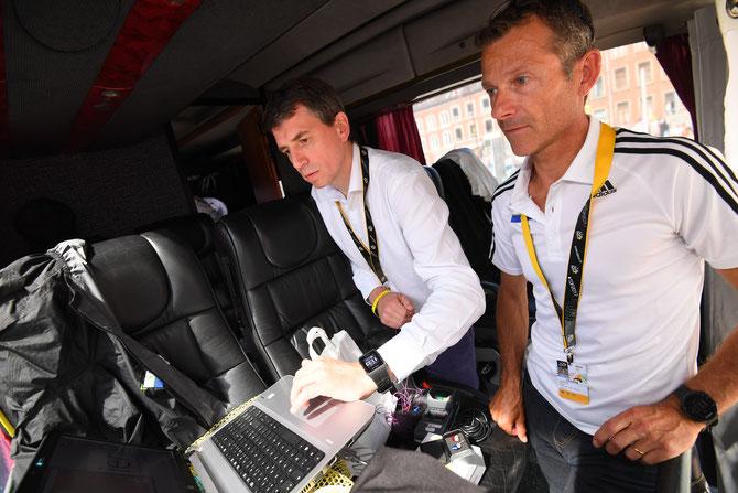 Appareillage auditif du DS Denis Leproux du team Fortuneo-Oscaro réalisé par Valier à Verviers Ville départ du Tour de France 2017