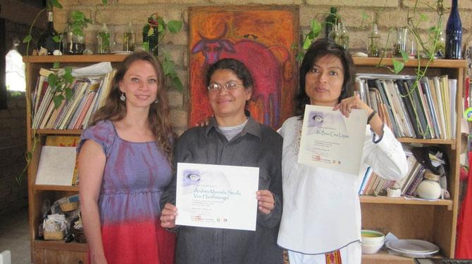 Maestra Rosaura Landa, Andrea Sevilla e Ita Cruz. Curso de Reiki Tibetano en San Agustin Etla, Oaxaca!