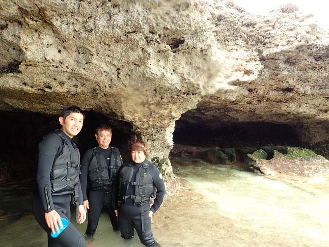 沖縄 宮古島 伊良部島 下地島 ピクニック 青の洞窟 三角点 伊良部大橋 タンデム 夫婦 カップル 親子 SUP スタンドアップパドル