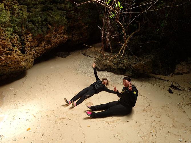 沖縄 宮古島 伊良部島 下地島 ピクニック 青の洞窟 三角点 伊良部大橋 サンセット クマノミ SUP シュノーケル