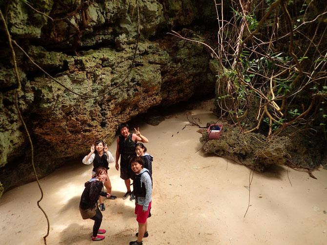 伊良部島 洞窟 洞窟巡り SUP