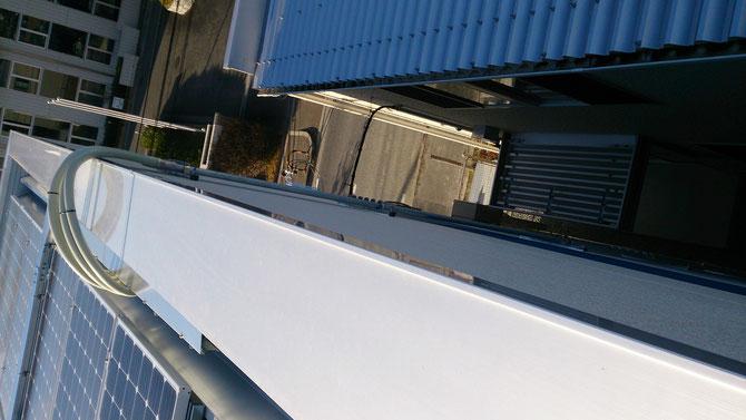 太陽光発電の電気工事の電機配管工事です。