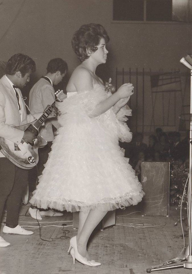 Anneke Grönloh met The Rockin' Blacks in Brunssum in 1961