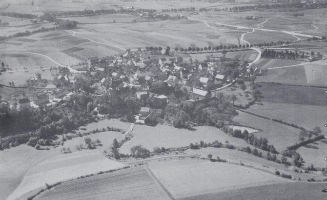 St. Johannis 1930 (Luftaufnahme von NO, ungefähr aus der Richtung Laineck/Rodersberg)