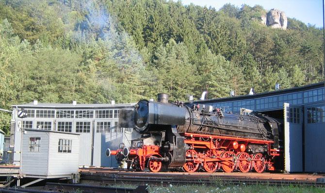 Dampflok 52 6106 in ihrem Heimat-Betriebswerk Gerolstein