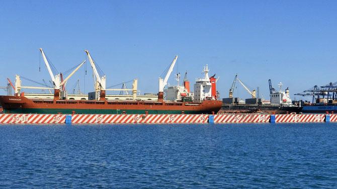 .. liegt der riesige Hafen von Veracruz.