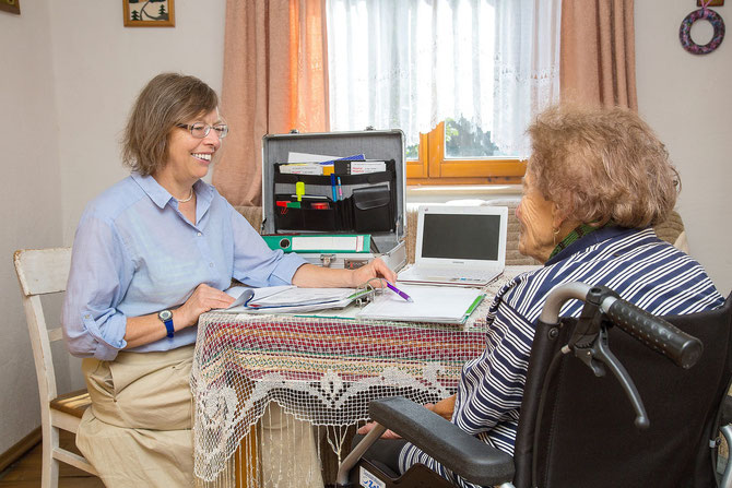 pflegegrad berechnen hilfe bei der pflegeeinstufung. Black Bedroom Furniture Sets. Home Design Ideas