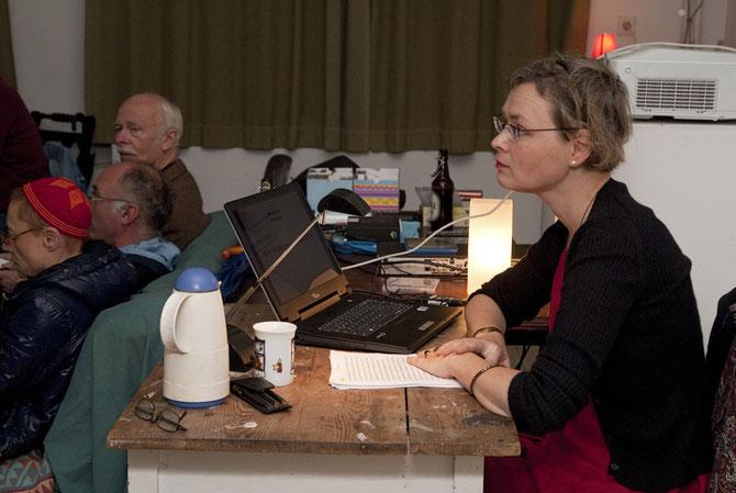 Prof. Dr. Anna Zika während des Vortrags