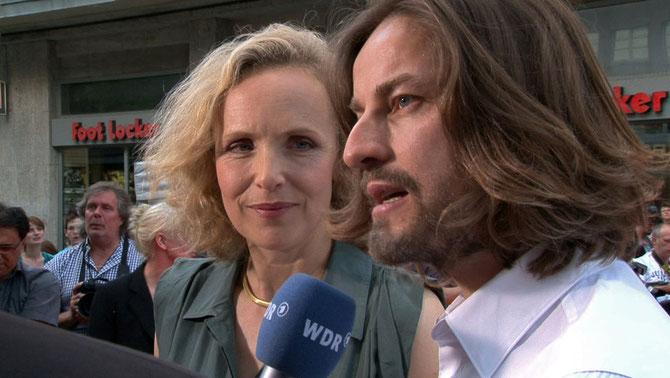 Juliane Köhler und Hans  Steinbichler beim WDR-Interview