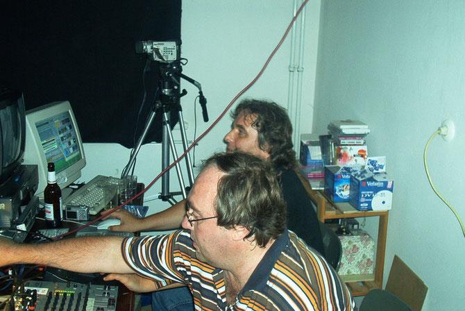 DJ Roger und VJ Erwin (Foto: Jürgen Elschker)