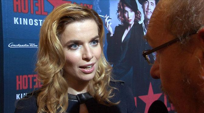 Thekla Reuten beim Interview mit Dirk Fuchs