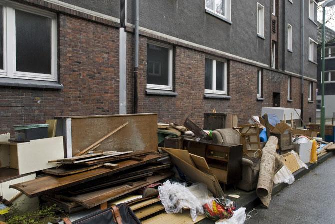 Diese Wohnblöcke wurden bereits abgerissen und durch attraktivere Neubauten ersetzt (Foto April 2010)