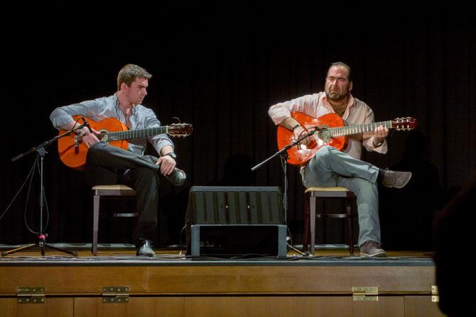 Gitarren-Duo Rafael Cortés und Sohn