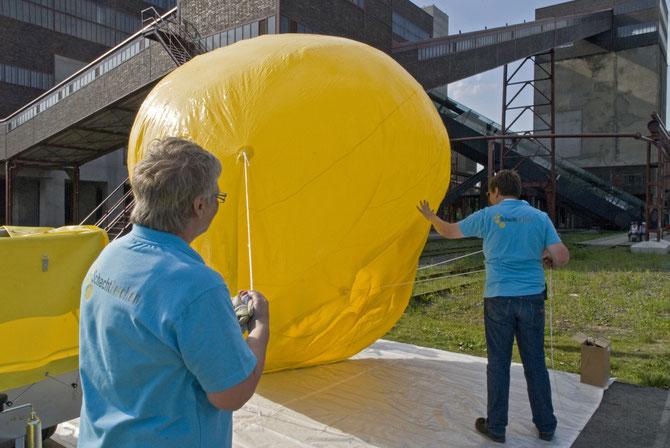 Schachtzeichen kurz vor dem Ballonstart