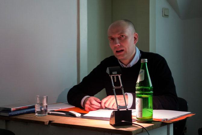 Thomas Hensel während des Vortrags