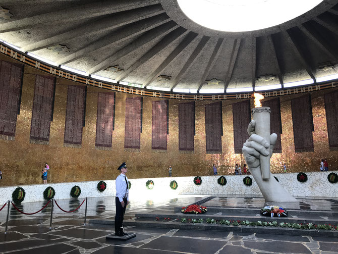 Gedenkstätte Stalingrad mit einer ewigen Flamme