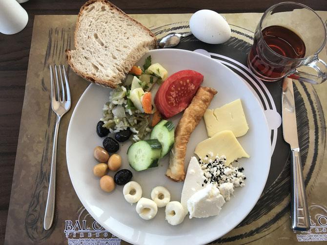 Kahvaltı - türkisches Frühstück