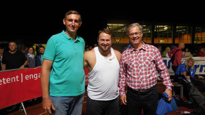 Von r. n. l.: Unser Mitglied Mario Göthel, Tom Walsh und links Mario Göthels Freund Mikhail Maslov aus Rostow/Russland (Psychologe).
