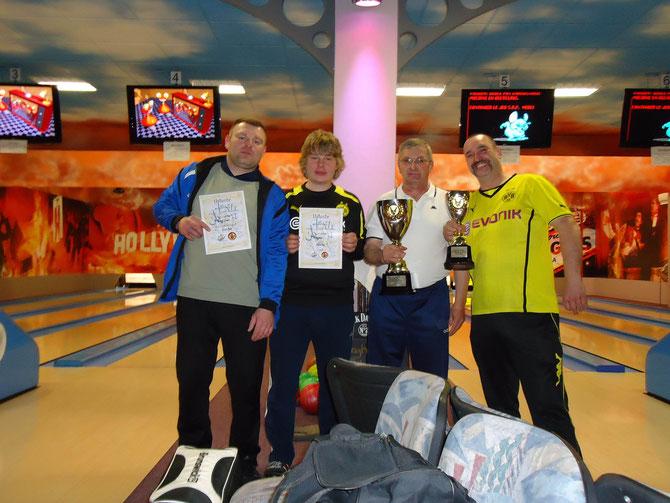 Siegerteam der Fliesenboys: Andreas Kockejei, Max Große, Klaus Nedo und Andre John v.l.n.r