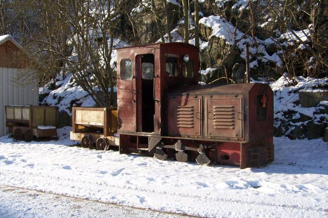 Diesellok Ns2h DDR-Produktion Baujahr 1959 Originallok der Strecke im Besitz der Gemeinde